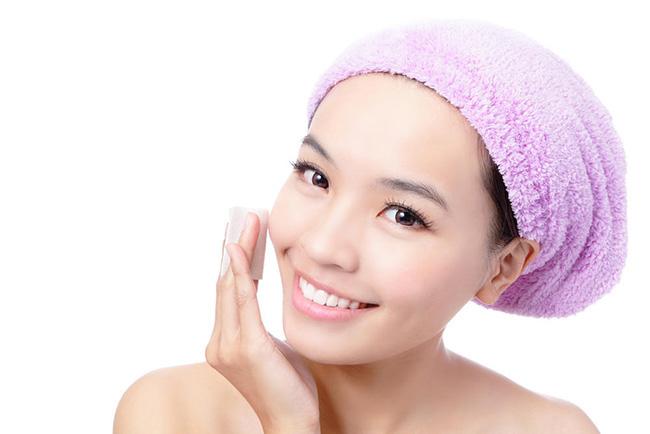 干性皮肤长斑怎么淡化 大干皮淡斑方法需分类别乱来